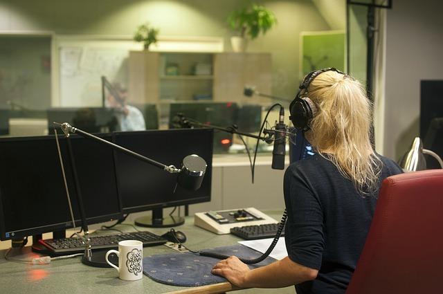 Coming Soon3 - INTERVISTA RADIO